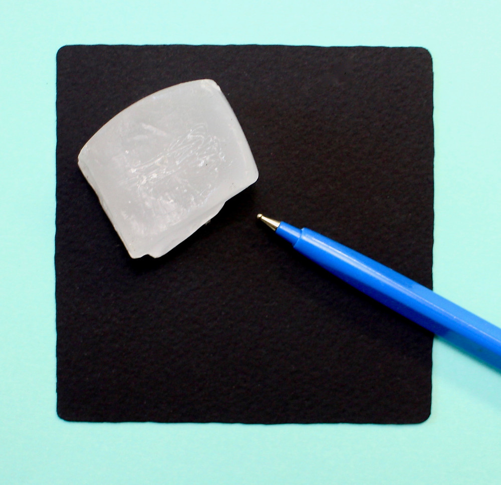 @mariebcreates #howto embossing tool with a piece of wax