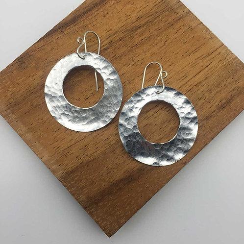 Boucles d'oreilles rondes en aluminium ajouré