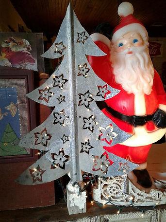 Plasma Cut Christmas tree_edited.jpg