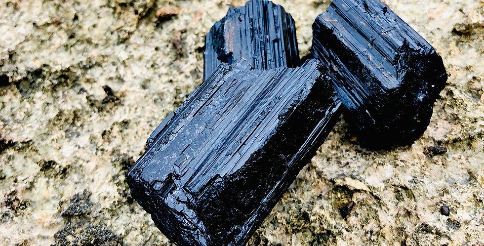 ブラックトルマリン原石パワーストーン