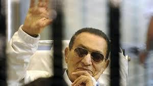 Mubarak i synowie skazani...