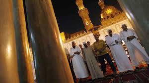 Egipt ogranicza tematykę kazań w ramadanie do wiary i moralności
