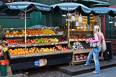240px-NYC_-_Fruits_-_0221