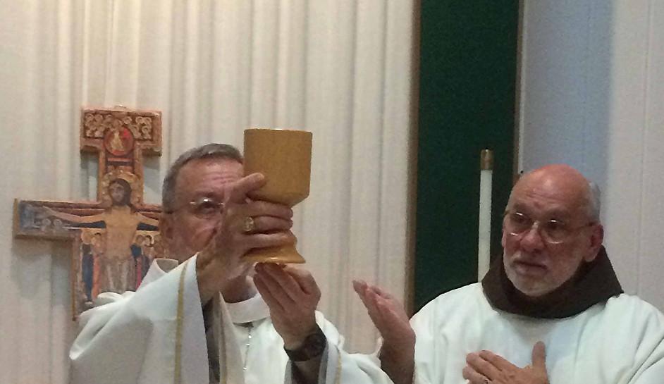 Bp Michel and Fr. Alex Oneto OSF Celebra