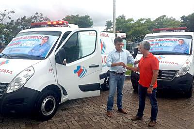 Santa Casa de Pilar do Sul recebe duas ambulâncias zero quilômetro