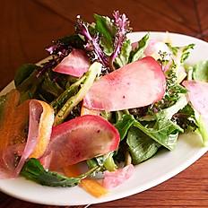 キレドさんの無農薬有機野菜のサラダ