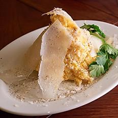 卵とポテトサラダ グラノパダーノ風味