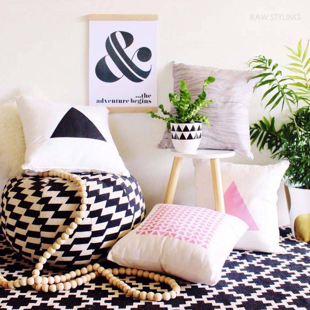 Jlee Cushions