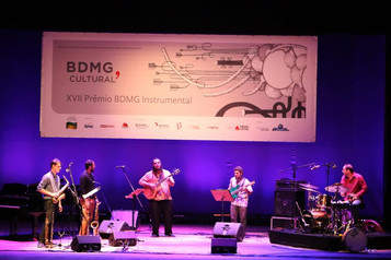 Show BDMG Instrumental         Ft: Élcio Paraíso