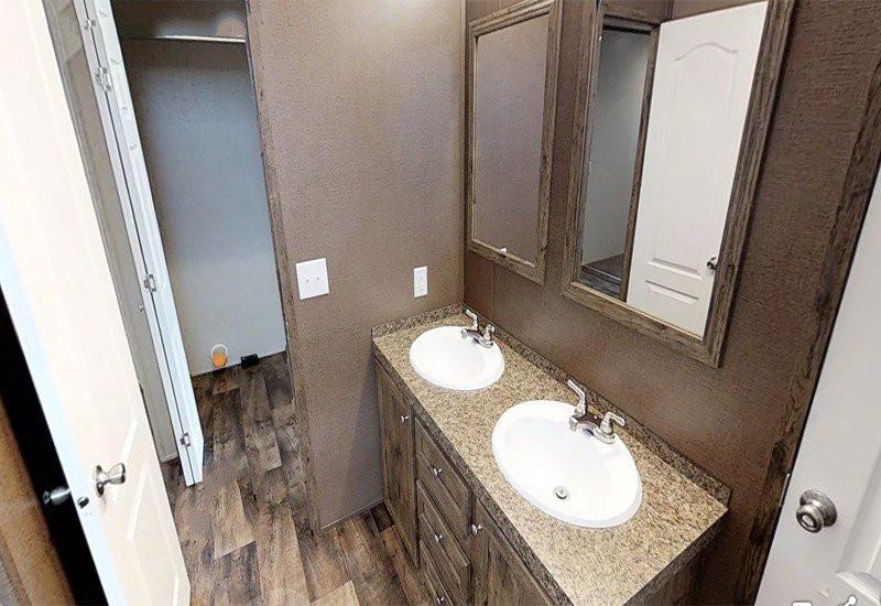 Stonebridge-Master-Bathroom-2.jpg