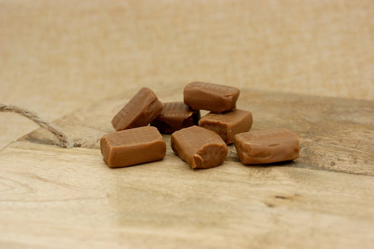 Chewy Cardamon Toffees Recipe - Hapisoy