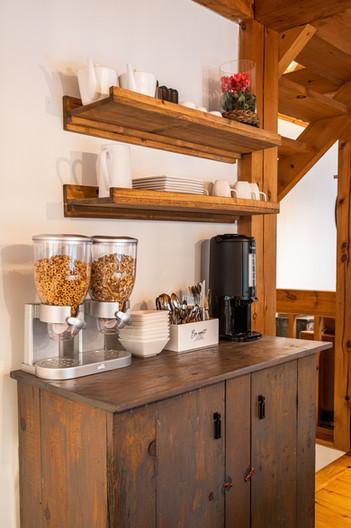 Breakfast Bar.jpg