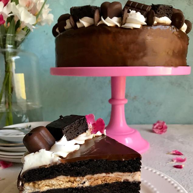 עוגת 7 שכבות שוקולד וניל ועוגיות, קוטר 22
