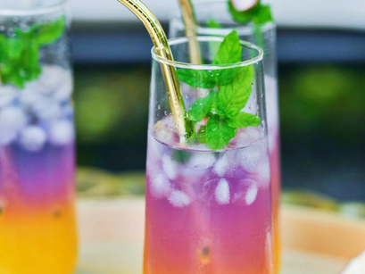 Butterfly Pea Tea with Passionfruit Pulp