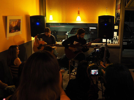 Cafe Zoë: Live Music for Everyone!