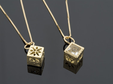 CUBETTO /Necklace
