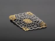 SOLE/brooch