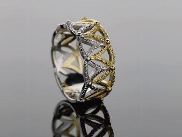 TIARA /Ring