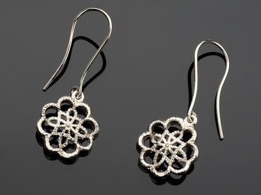 KIKU/Earrings