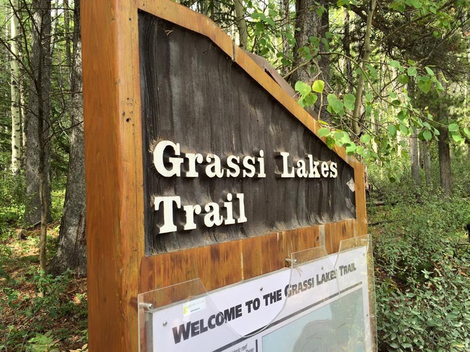Grassi Lakes Trailhead