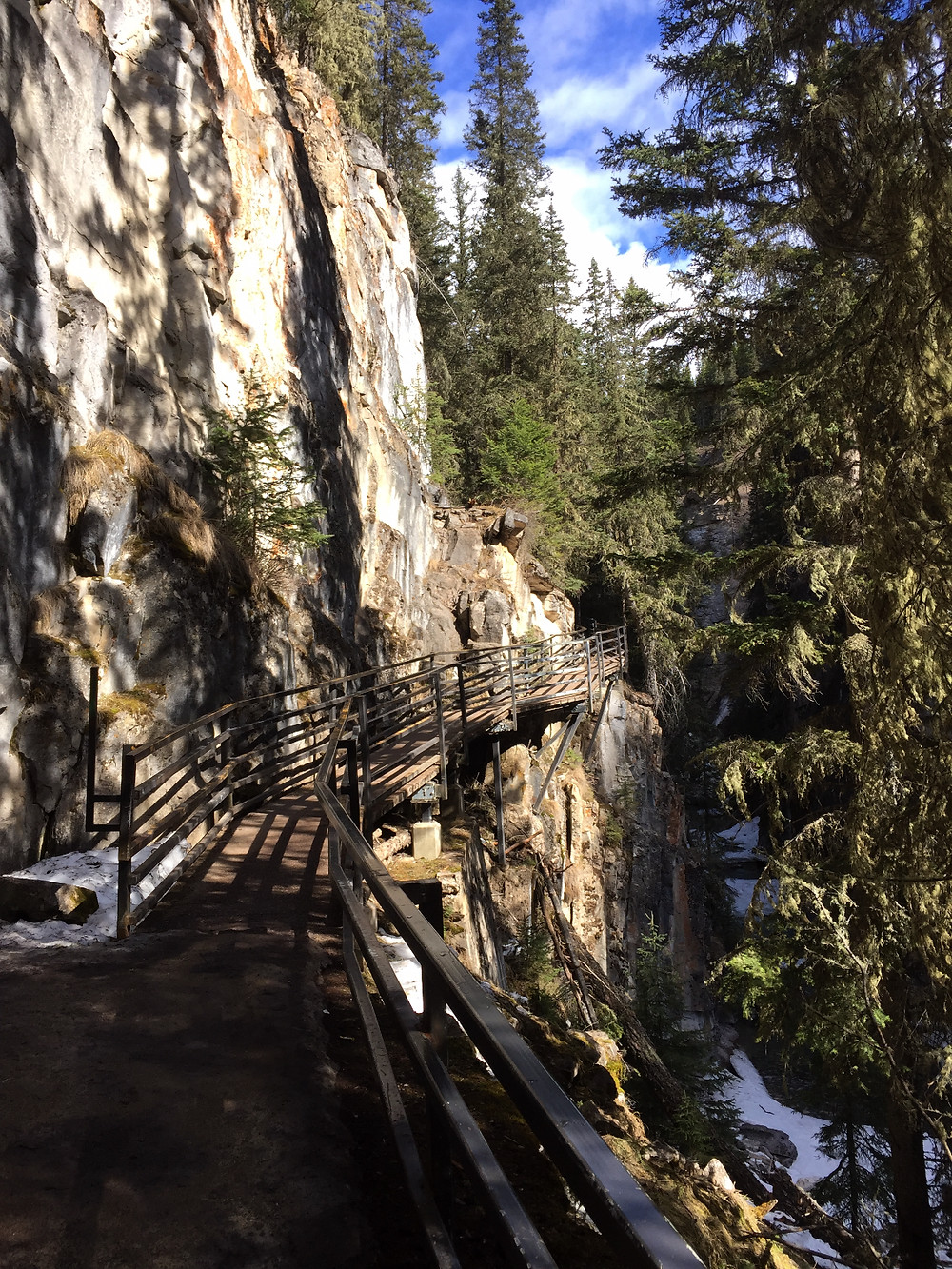The catwalk that leads you through the canyon
