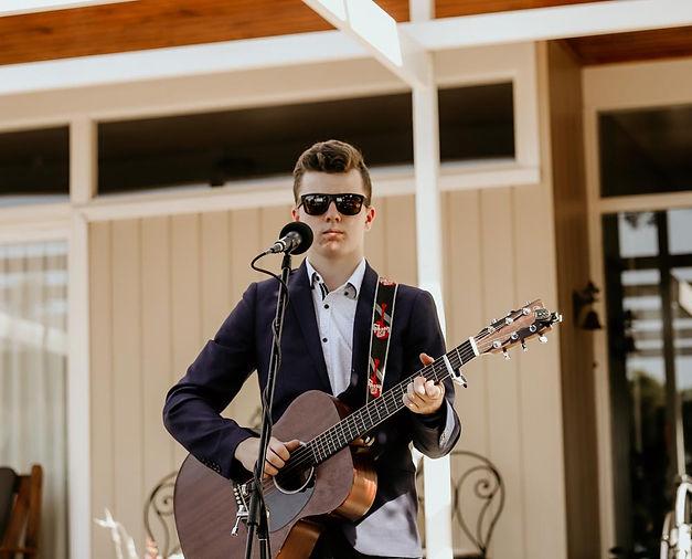 Harry Cleverdon - Singer/Songwriter, Wedding Entertainer