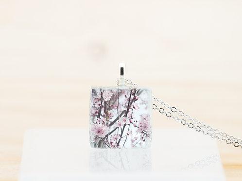 Fleurs de printemps, pendentif