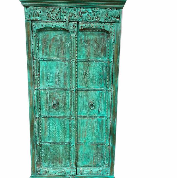Oosterse houten kast, groen, binnenkant 3 planken.