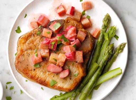 Pork Chops & Rhubarb Sauce