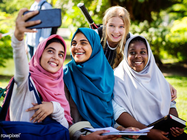 Hijab girls.jpg