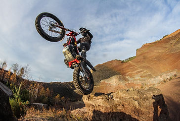spectacle moto trial