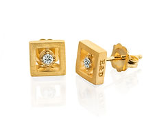 עגילי זהב לאישה מעוצבים משובצים יהלומים אזור חיפה והצפון דינר עיצוב תכשיטים
