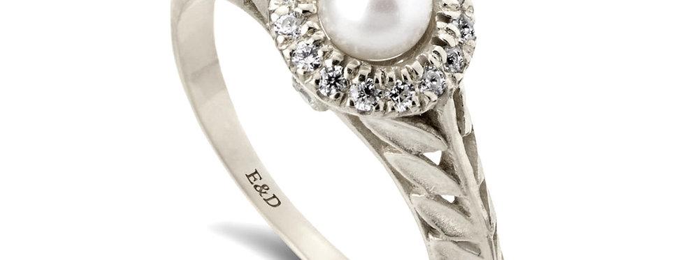 טבעת זהב לבן עלים פנינה ויהלומים