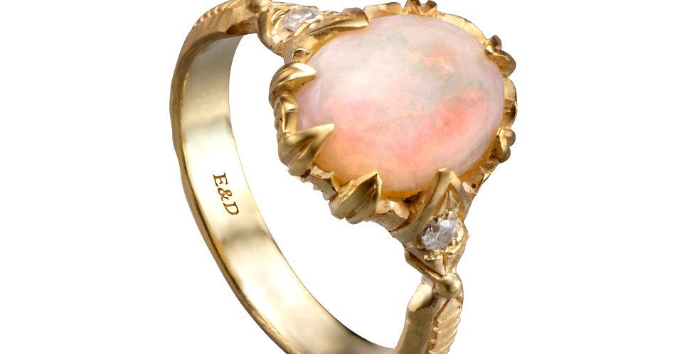 טבעת ויקינגית אופל ויהלומים