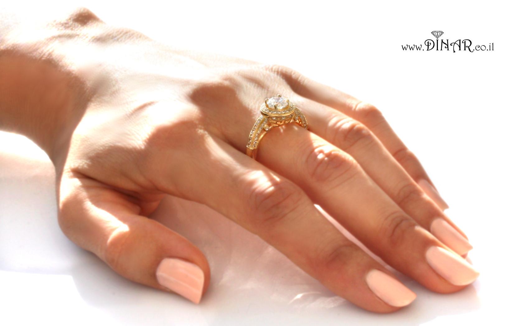 טבעת מעוצבת אירוסין יהלומים