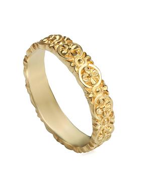 טבעת נישואין דקה עדינה חריטות פרחים זהב צהוב לאישה, טבעת פרחים לכלה, טבעת נישואים פרחונית, טבעת נישואין לאישה מעוצבת , טבעות נישואין מעוצבות לאישה, טבעת נישואין זהב צהוב, טבעות זהב מעוצבות, טבעת נישואין בחיפה, טבעת נישואין בקריות, טבעת נישואין בצפון, חנות תכשיטים בקריות, חנות תכשיטים בחיפה, חנות תכשיטים בצפון, מעצב תכשיטים, טבעת מיוחדת