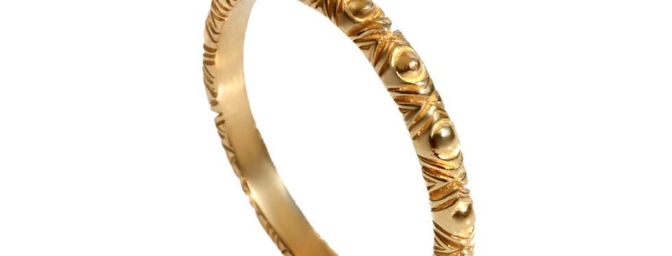 טבעת נישואין דקה שבטית