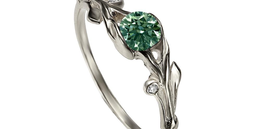טבעת מרגנית זהב לבן אירוסין ספיר ירוק ויהלומים