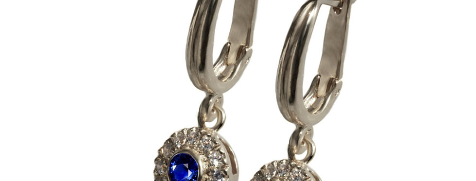 עגילים עם הילת יהלומים וספיר כחול זהב לבן 14 קראט