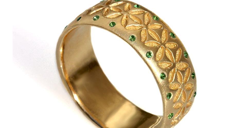טבעת זהב וברקת ניצוצות החיים