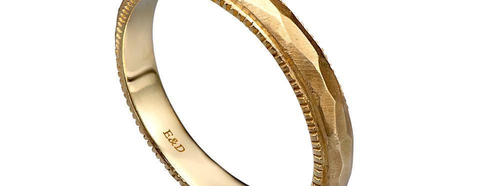 טבעת נישואין ריקועי זהב