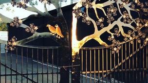 twin dragons tree gates