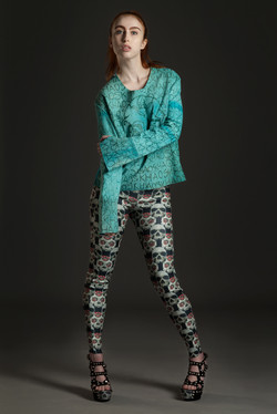 4Jumper-and-leggings.jpg