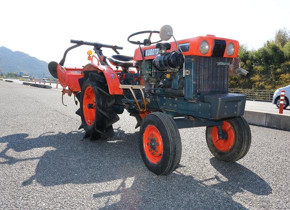 (売約済み)クボタ トラクター B7000E No.Y2820