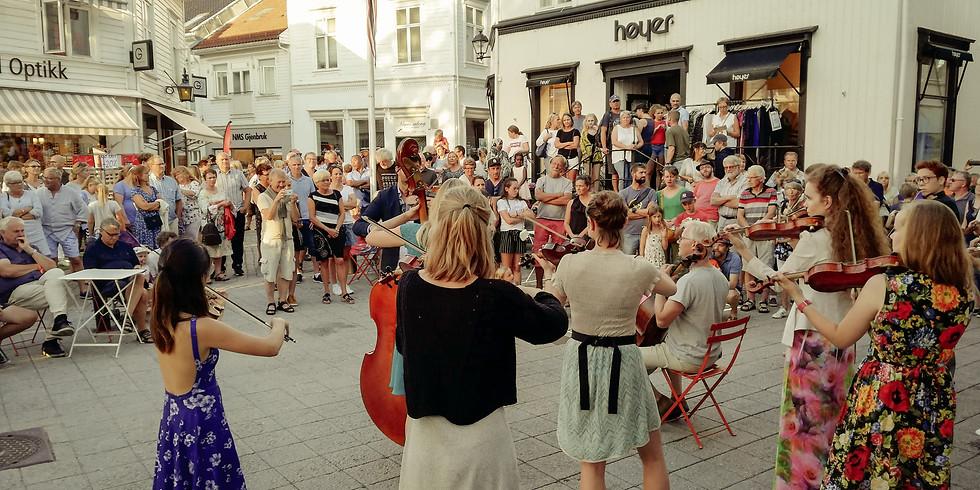 Spontankonserter på Lilletorvet, lørdag 6. juli