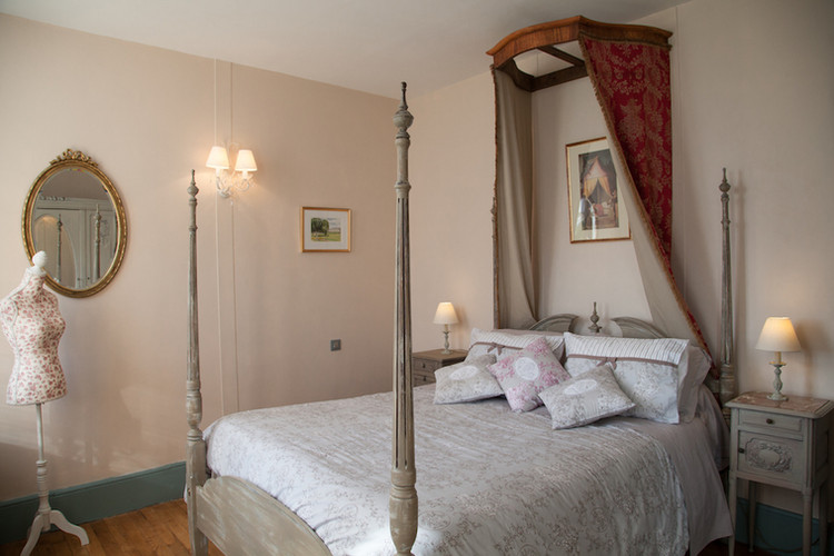 Suite Cyclamen-Chambre Lilas.jpg