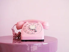 pink-old-fashioned-telephone-dial-260nw-