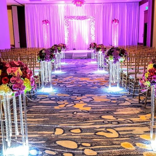 Ceremony decor with crystal pillars