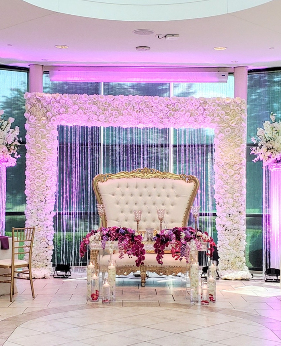 flower arch with crystal and two crystal pillar