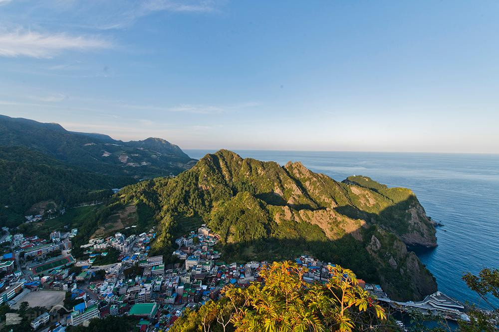 Ulleungdo Island travel guide view